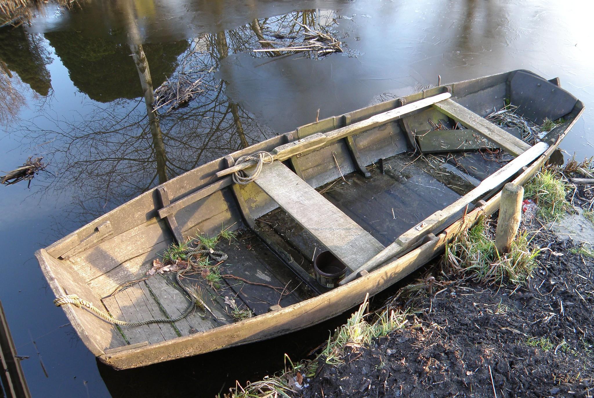 Oude roeiboot